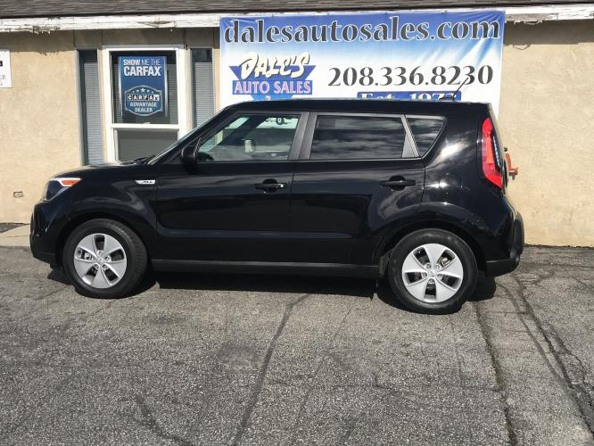 2016 Black /Black Kia Soul Base (KNDJN2A20G7) with an 1.6L L4 DOHC 16V engine, AT transmission, located at 3200 W Chinden Blvd, Garden City, ID, 83714, (208) 336-8230, 43.621284, -116.237350 - Photo #0