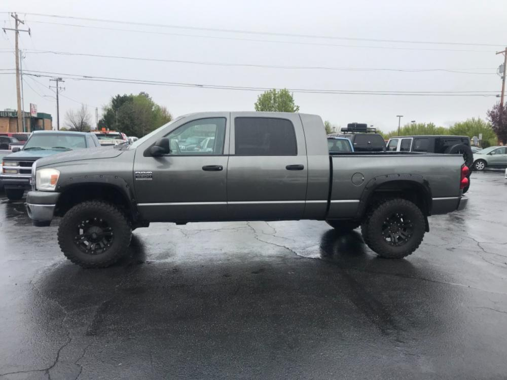2007 /grey Dodge Ram 3500 SLT Cab 4WD (3D7MX39A47G) with an 6.7L L6 OHV 24V TURBO DIESEL engine, AT transmission, located at 813 E Fairview Ave, Meridian , ID, 83642, (208) 336-8230, 43.618851, -116.384010 - Photo #0